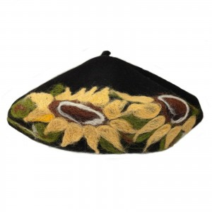 100% Wool Embroidered beret with antenna -  BLACK  with BEIGE flowers