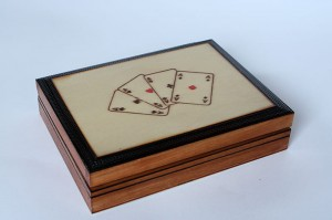 Wooden handmade playing card box - Light