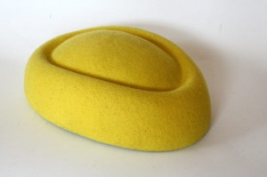 Pillbox boat fascinator - Yellow