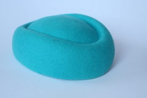 Pillbox boat fascinator - Turquoise